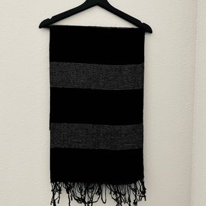 Black and metallic scarf 🧣